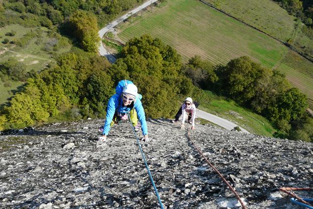 На Pantokratoras Ridge на кулата Doupiani