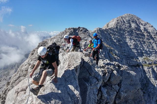Трек в албанската част на планината Проклетия с изкачване на върховете Мая Езерце и Мая Росит