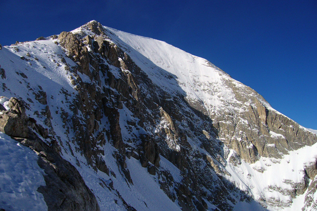 Северната стена на връх Вихрен гледана от Джамджиев ръб