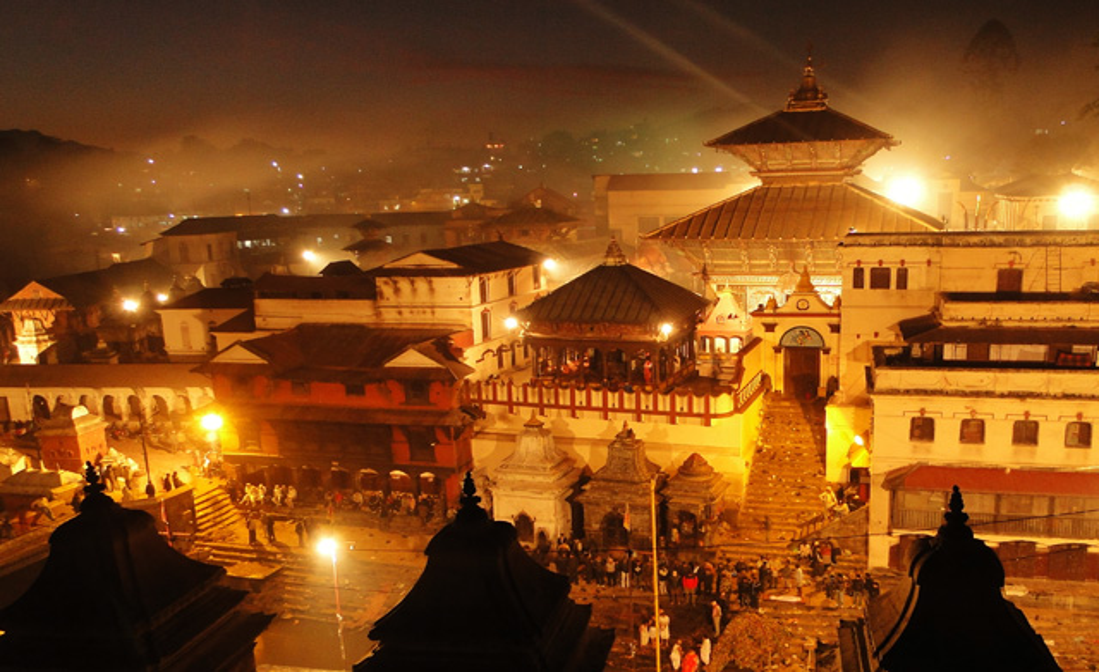 Катманду нощем