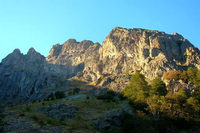 Катерачен уикенд на Райските скали в Стара планина