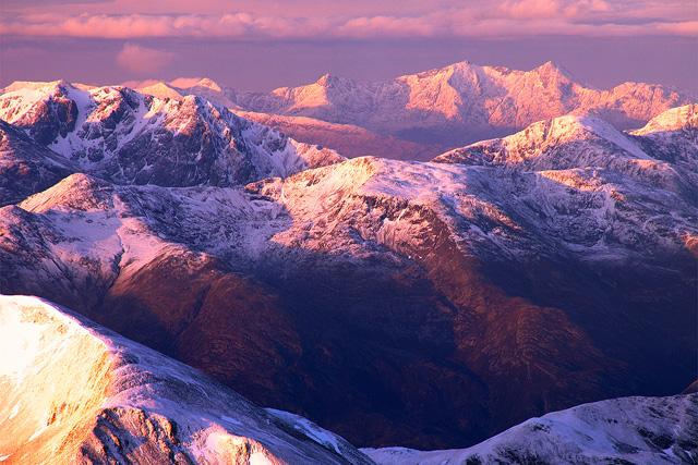 Невероятната панорама, която се открива от върха на залез слънце