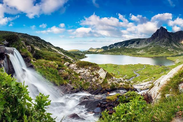 Семь Рильских озер и вершина Харамия