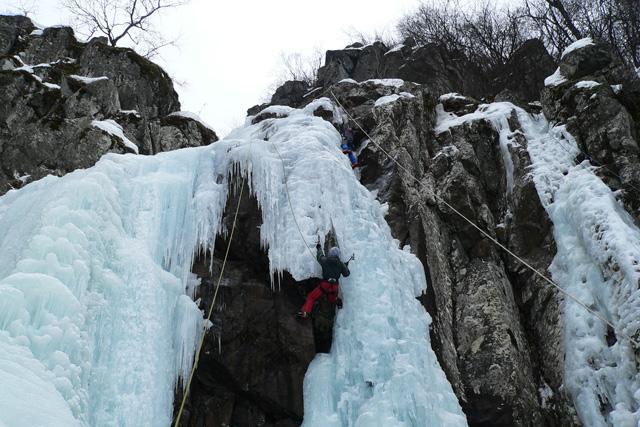 По най-трудният маршрут на водопада