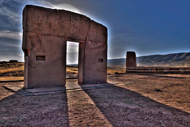 Вратата на Слънцето в древният прединкски град Тиуанако