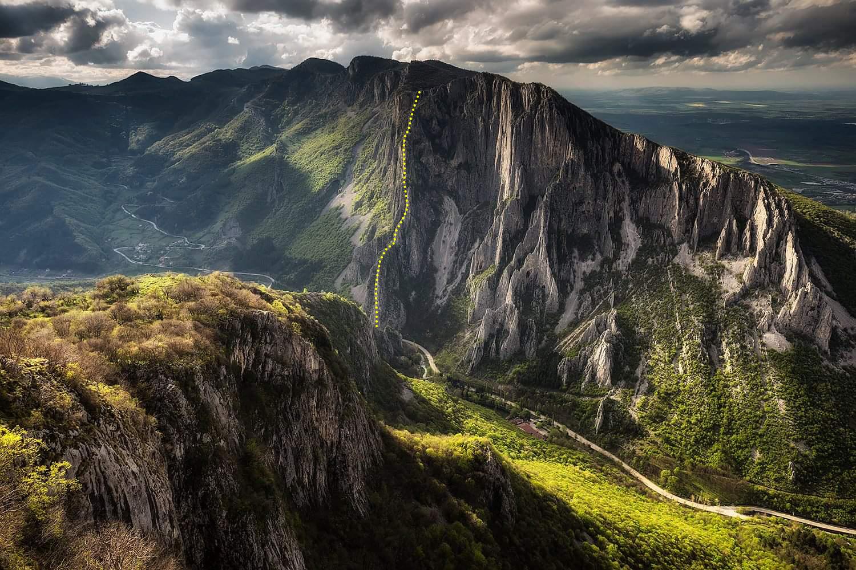 На слизане от връх Безбог