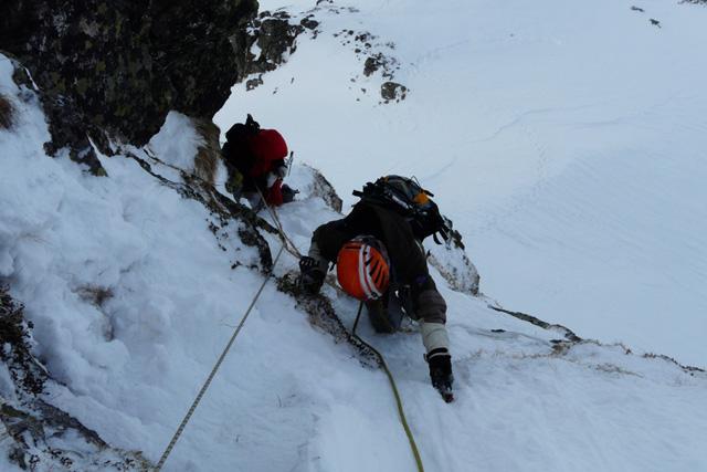 Смесено катерене на Североизточната стена на връх Малка Мальовица